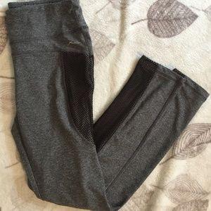 NWOT Gottex Gray Marl Leggings w Black Mesh Detail